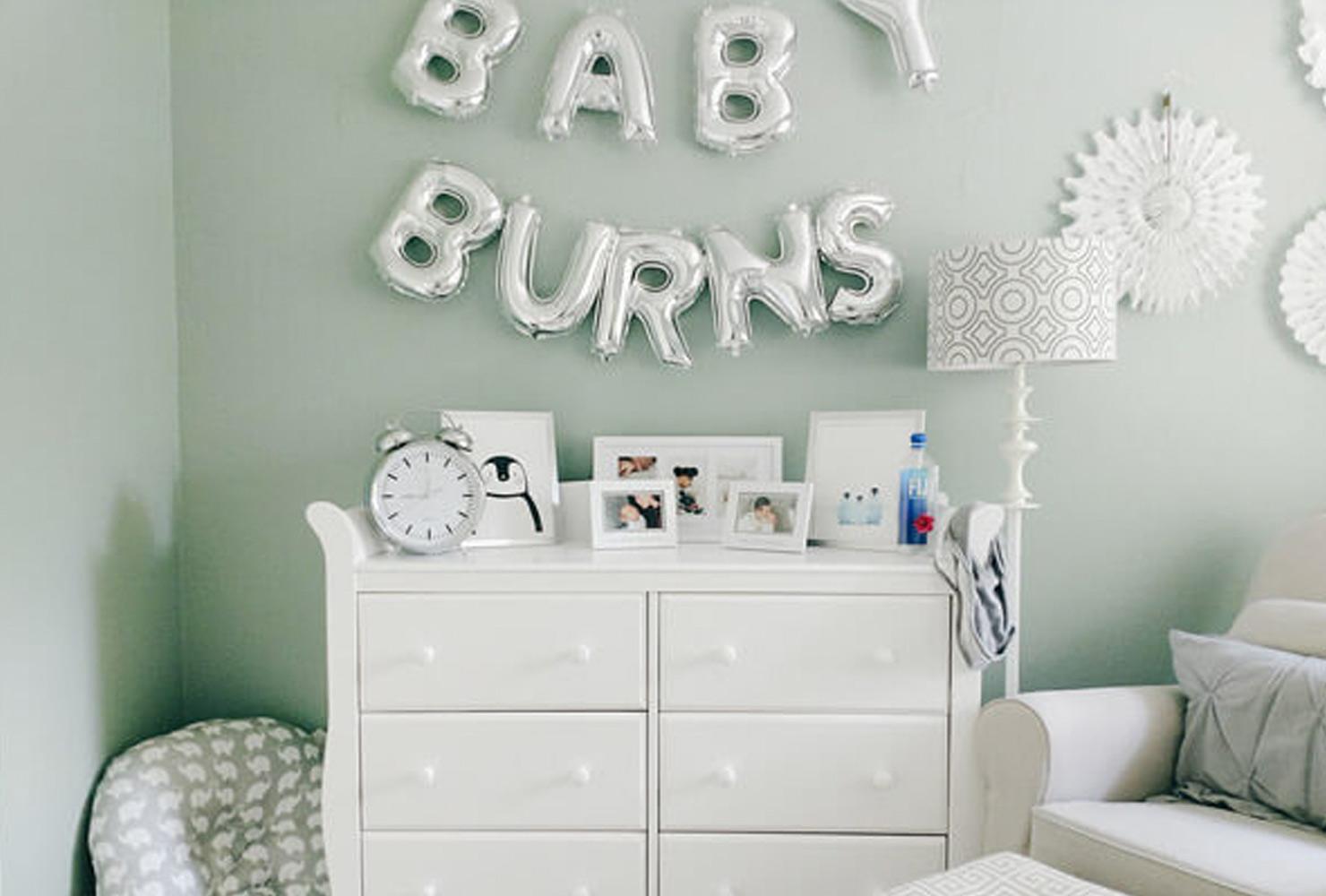 Dekorasi Kamar Bayi Balon pada Dinding